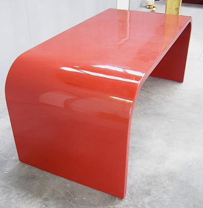 Mod 0046 grand bureau en bois laque rouge travail for Bureau rouge
